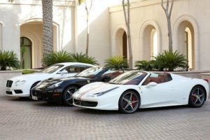 coches de lujo de todo tipo