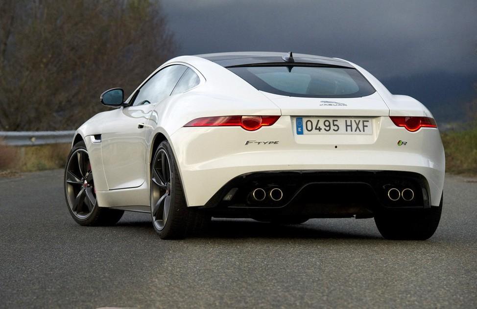 Parte trase del Jaguar F-Type 2.0 Diésel